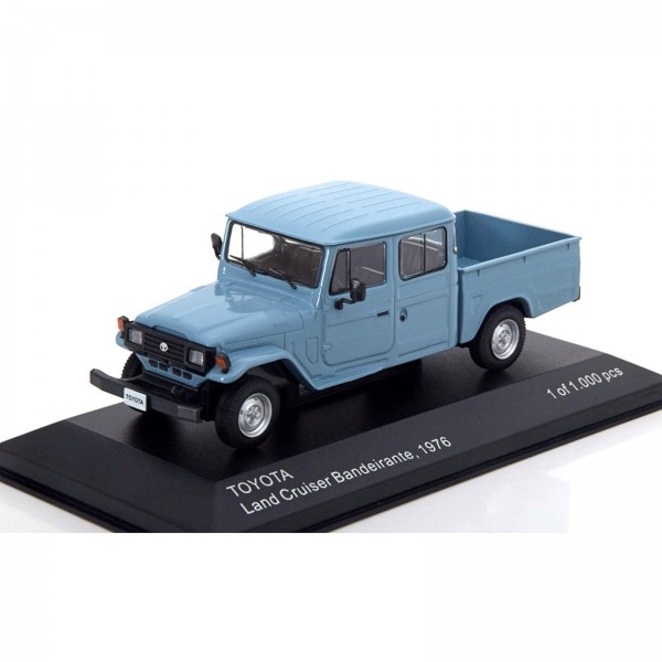 Miniatura - 1:43 - Toyota Land Cruiser Bandeirante - 1976 - Whitebox